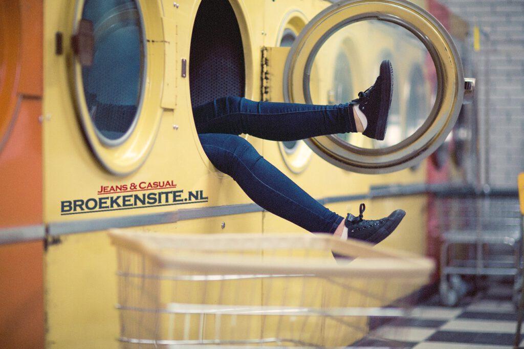 Broekentips-wassen-van-uw-jeans-denim-spijkerbroek-van-broekensite.nl-broekensite-wasmachine